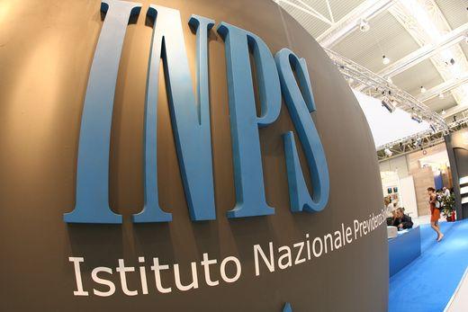 INPS: arriva il bonus per donne disoccupate. Ecco come richiederlo e dove
