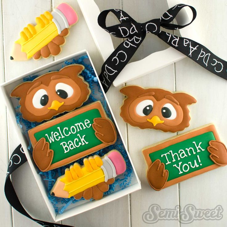 School Owl Cookie Set by Semi Sweet Designs