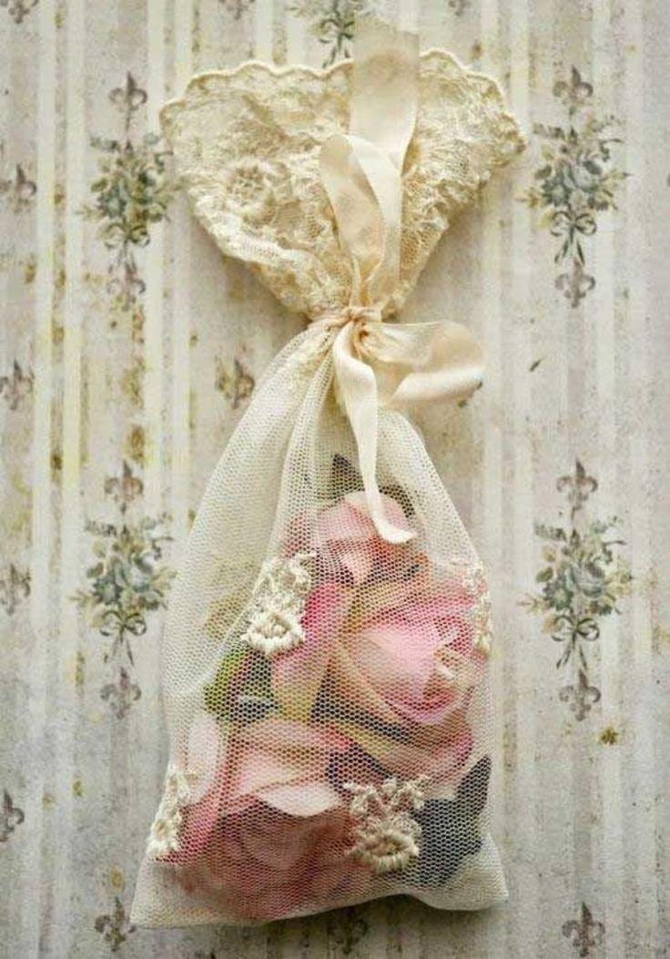 Sachet of Roses