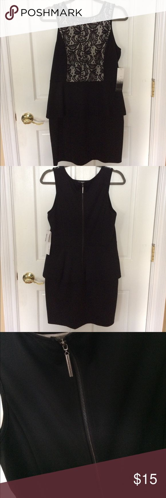 KENSIE Woman's Peplum Dress KENSIE woman's Dress SZ M. Back Zip. Kensie Dresses
