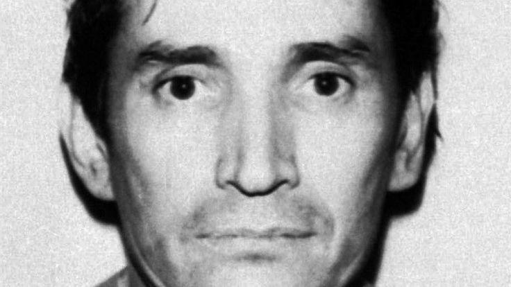 Legendary former head of the now-defunct Guadalajara cartel, Miguel Angel Felix Gallardo, is sentenced to 37 years for the 1985 murder of DEA Agent Enrique Camarena.