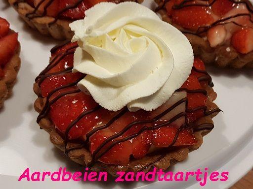 Aardbeien zandtaartjes 1