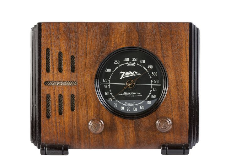 "1938 Zenith 5-R-216 ""Cube"" Radio (USA)"