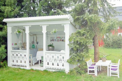 Officially the cutest backyard play house ever! ÅRETS UTEPLASS | NIB - Norske interiørblogger