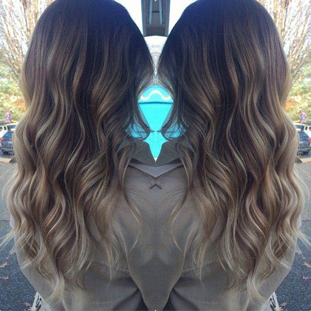 """""""Freshened up and olaplexed my new roomie hair today!!!!! @brittleno SOOO soft and delicious! Yay #ombre #balayage #theblonderthebetter @kharmadesign…"""""""