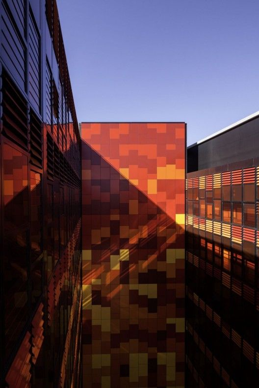 100 Best Images About Facades On Pinterest Metal Panels Architecture And Perforated Metal
