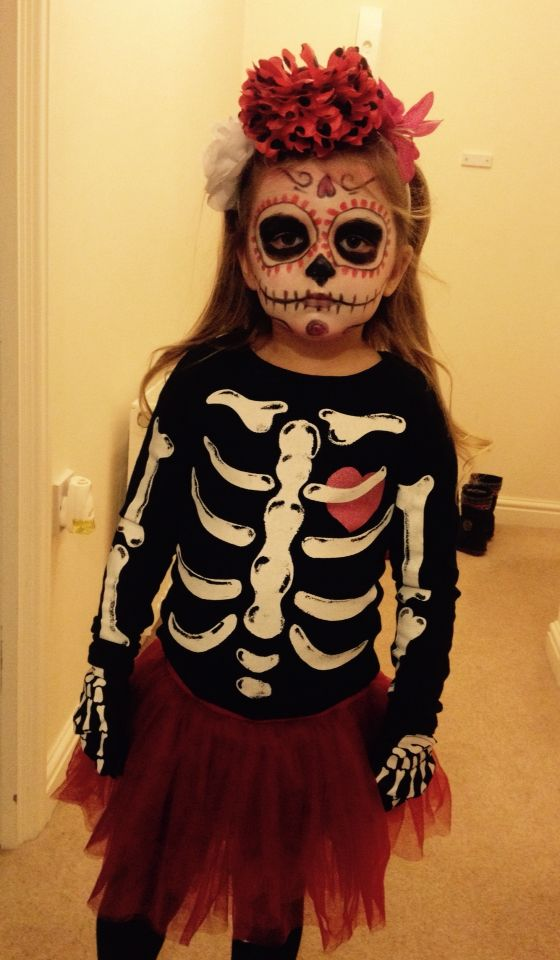 Girls Halloween costume - day of the dead. My little girl Evie looking ace  ❤️
