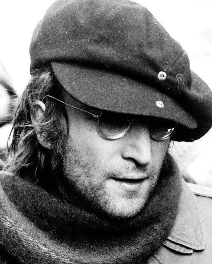 John Lennon - 1972.02.05 (AP Photo-Ron Frehm, File)