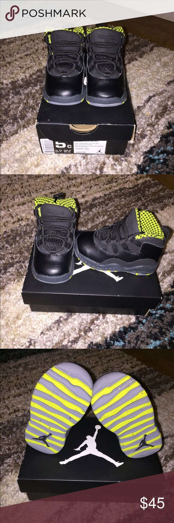 Kids Jordan's 10 retro Size 5 retro 10 Jordan. In almost new condition. Only worn a couple time. Comes with original box Jordan Shoes Sneakers