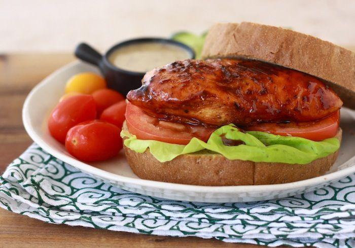 Honey Glazed Chicken Sandwich: Chicken Recipe, Honeyi Glazedd, Honey Glaz Chicken, Summer Recipe, Honey Glaze Chicken, Chicken Sandwiches Yum, Chicken Sandwiches Recipe, Honey Glazed Chicken, Chicken Breast