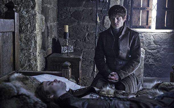 "6.01 ""The Red Woman"" – Ramsay Bolton mourns for Myranda."