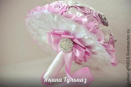 Свадебные цветы ручной работы. Ярмарка Мастеров - ручная работа Брошь букет невесты. Handmade.