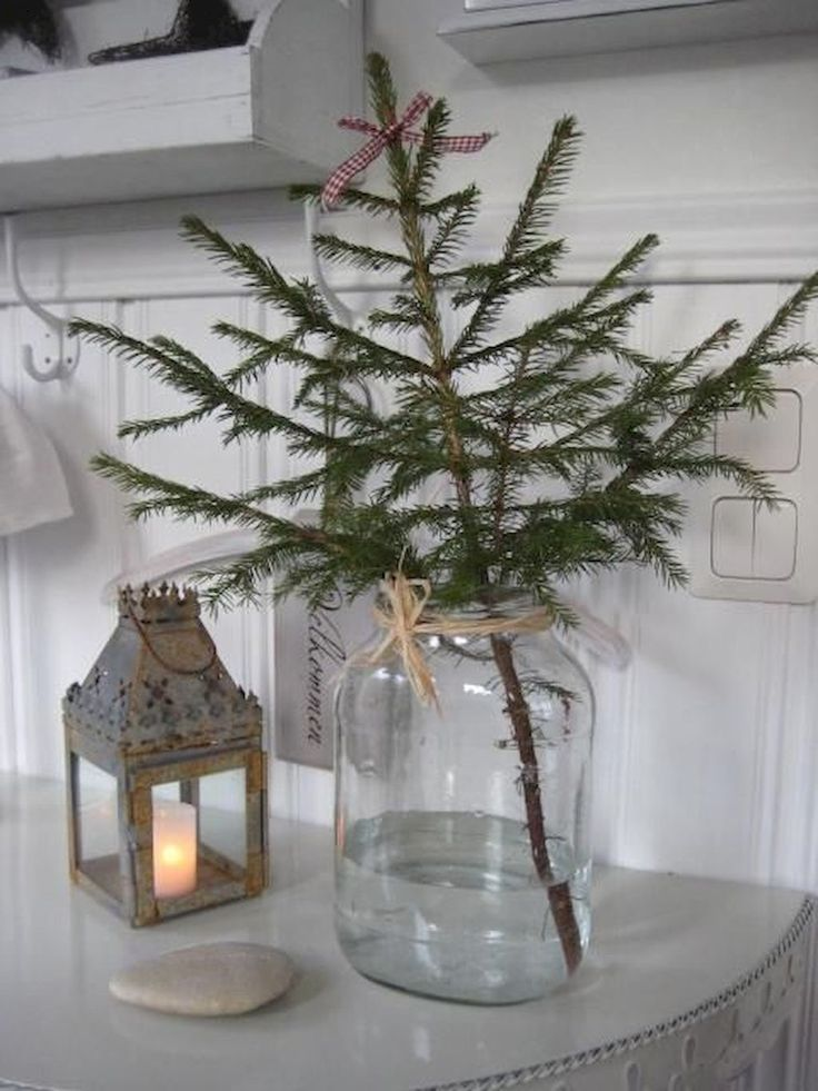 Nice 60 Beautiful Scandinavian Christmas Tree Decor Ideas https://crowdecor.com/60-beautiful-scandinavian-christmas-tree-decor-ideas/
