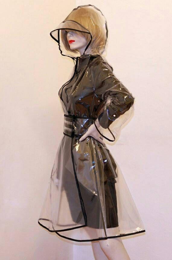 Regenmantel Kleid PVC Kunststoff Transparent Trench von MajoRain