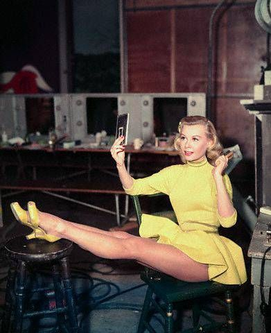 Vera Ellen. Love this yellow outfit in White Christmas. Love the dance number, too!!