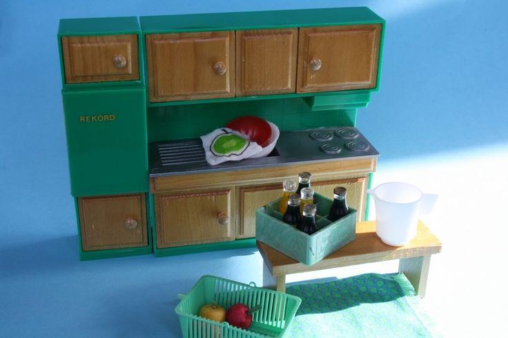DDR Küchenmöbel für das Puppenhaus von Alles im Wunderland auf DaWanda.com