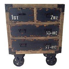 Placera byrå 4-lådor hjul