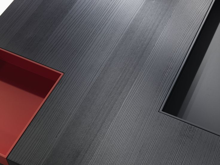 N.Y._1 #Coffee #table in black satin laquered wood with red removable tray, rectangular or square | Designed by Carlo Cumini | #homedecor #homedesign #luxury #interiors #arredamento #interiores #furnituredesign #coffeetables #coffeetable
