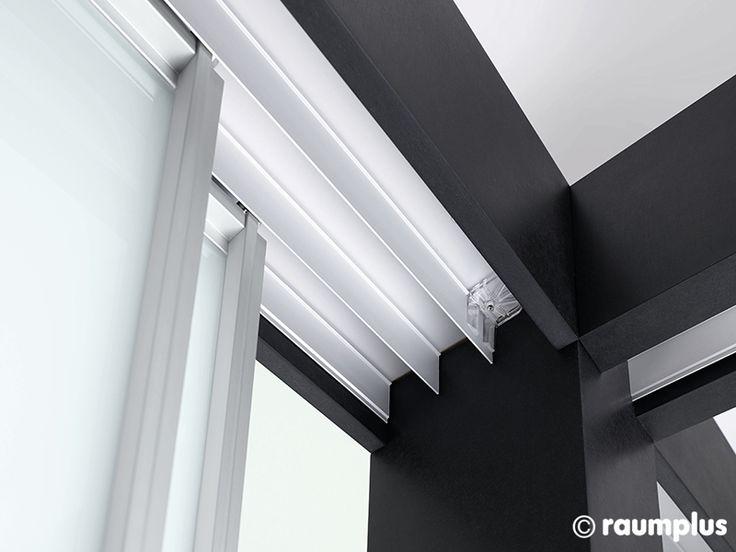 Механизмы для раздвижных дверей купе шкафа.