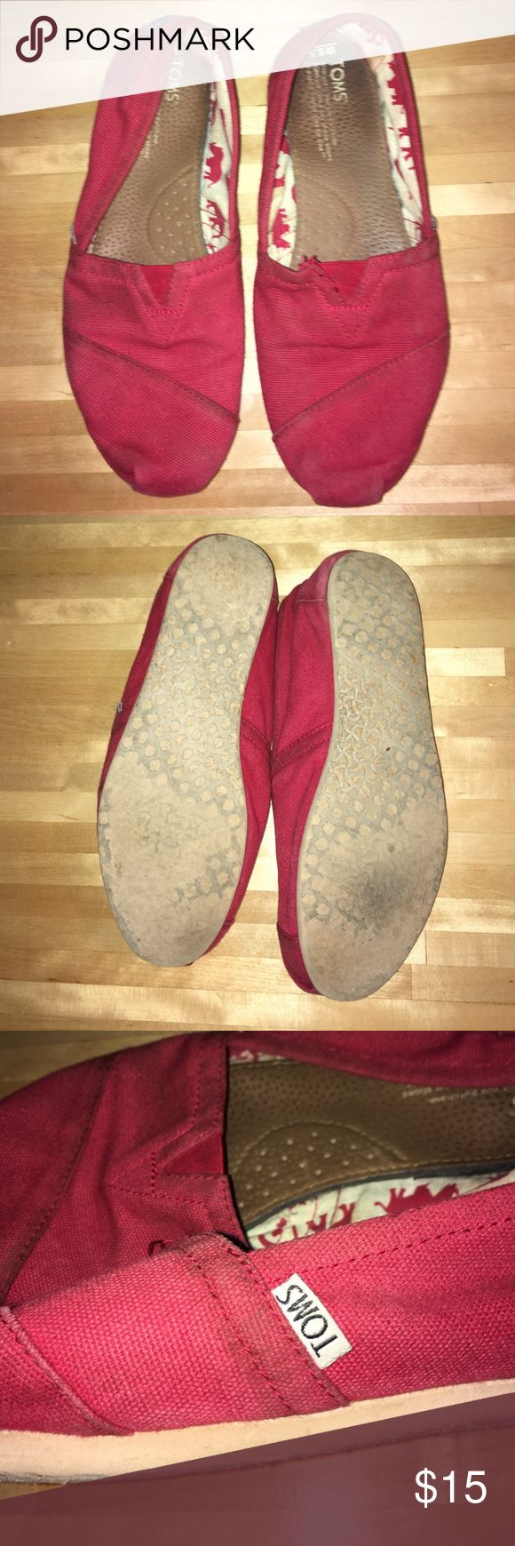 red toms Size 8.5 - alittle dirty- washing should get most of it out - still in nice condition TOMS Shoes