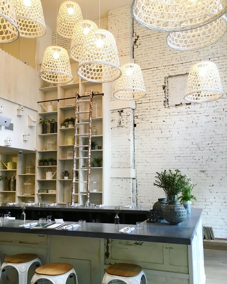 Local city guide — Montreal. Downtown : LOV restaurant. (What we love : our favourite post-sweat oasis downtown. You can't go wrong with a name that stands for Local, Organic and Vegan.) (Ce qu'on aime : avec sa cuisine Locale, Organique et Végane, on tombe sous le charme pour cet oasis de fraîcheur.)