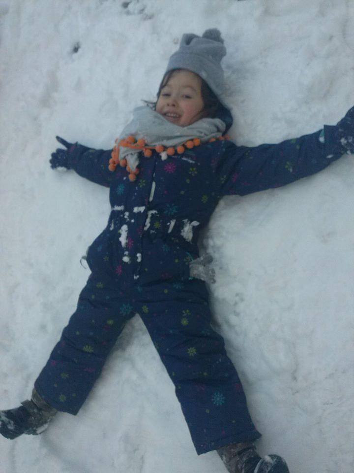 Śnieg to najlepszy zimowy przyjaciel dziecka :) http://www.przedszkoleswiatdziecka.edu.pl/