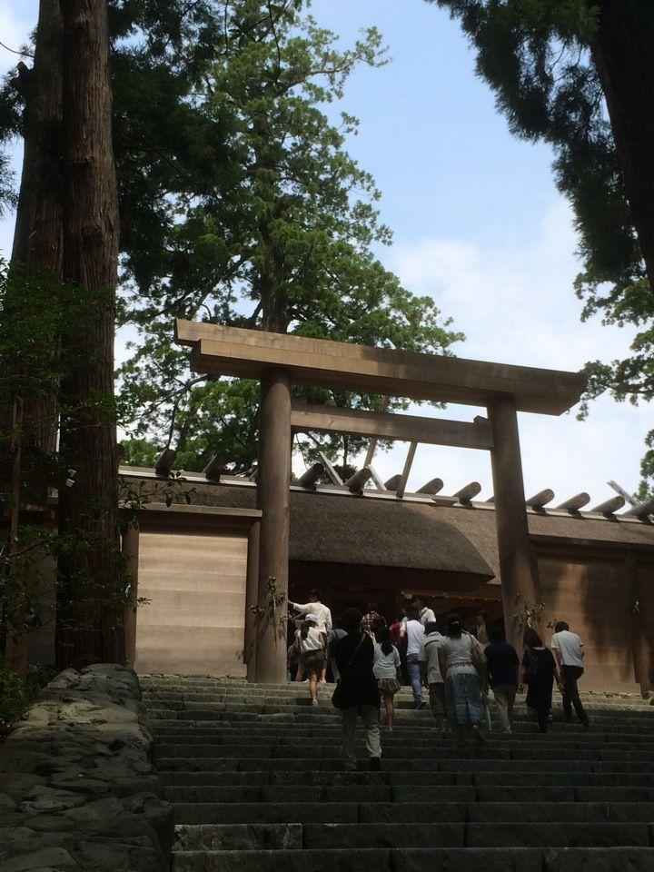 伊勢神宮 皇大神宮 (内宮 Naiku Shrine) 場所: 伊勢市, 三重県