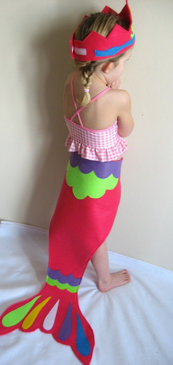 Mermaid tail dress-up - sewing idea from felt and for easy movement while pretending to be a mermaid