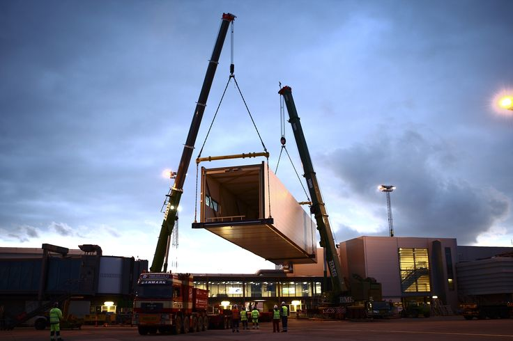 The new arrival floor for Pier C is arriving at Copenhagen Airport. The project is based on the existing conditions in Pier C. The new arrivals level on the second floor and the staircase towers will be a natural extension of the existing Pier C.