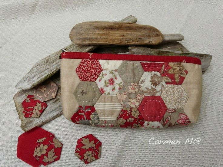 Pencil case with Rounneries, Moda Fabrics