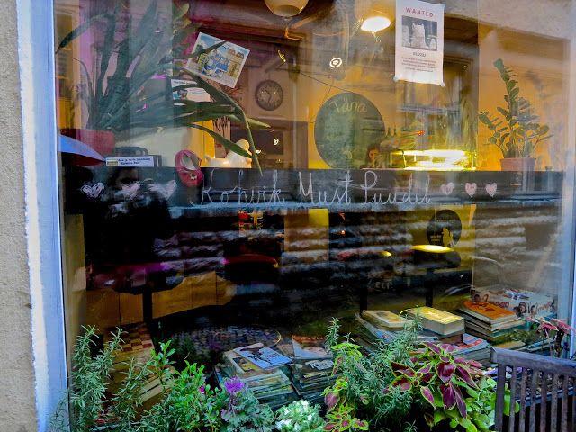 ANNINA IN TALLINNA: Kohvik Must Puudel
