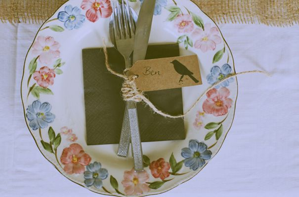 A BARWON HEADS WEDDING: RAAMA   DOBSY vintage plates! and name tags, so cute!
