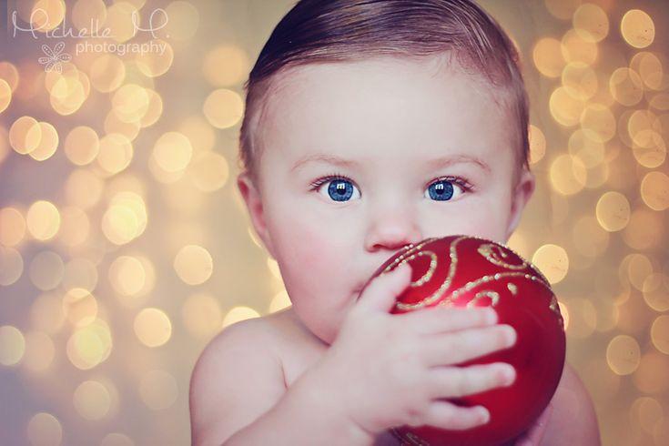 christmas lights, bokeh, christmas card photo, baby photograhy
