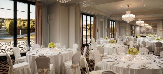 Hotel Bristol, a Luxury Collection Hotel, Wien - Top Hochzeits-Location Österreich #hochzeit #feiern #location #event #einzigartig #weiß #schwarz #heirat #österreich #special #wedding #unique #stunning #garden #love #hochzeitsfeier #wien