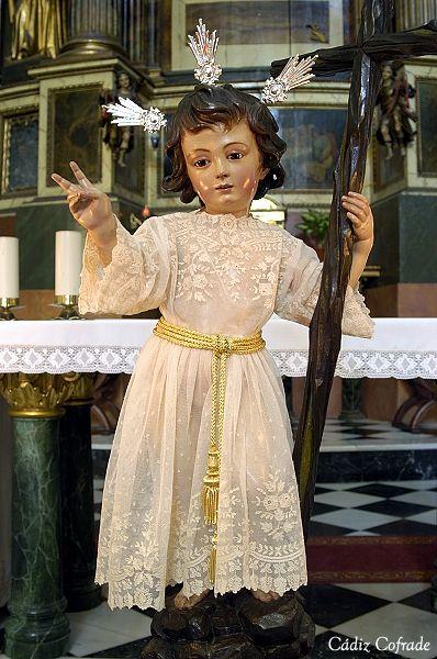primer día del mes de mayo se bendice la imagen del Niño Jesús de la Pasión de la Cofradía de la Humildad y Paciencia,