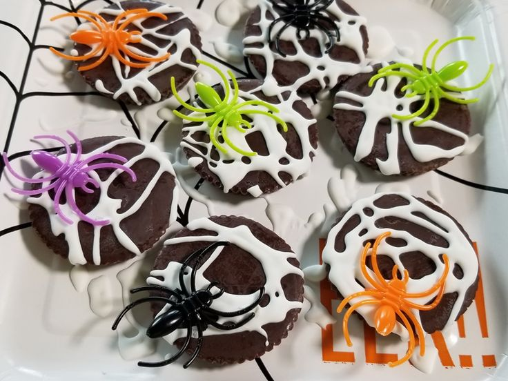 Halloween Spider Web Reese's Peanut Butter Cups