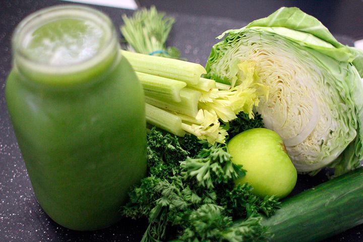 Healthy home made green vegetable juice