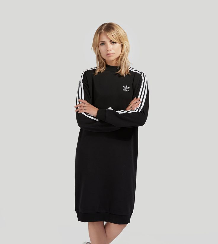 adidas Originals 3 Stripes Crew Dress - find out more on our site. Find the freshest in trainers and clothing online now.