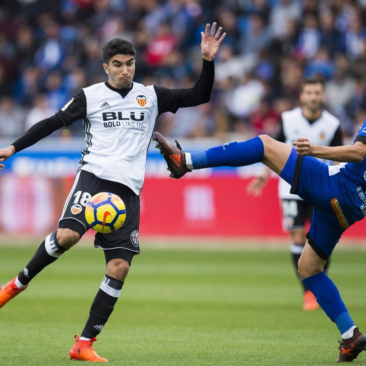 Manchester United Transfer News: Carlos Soler Reportedly 'Begs' for Winter Move
