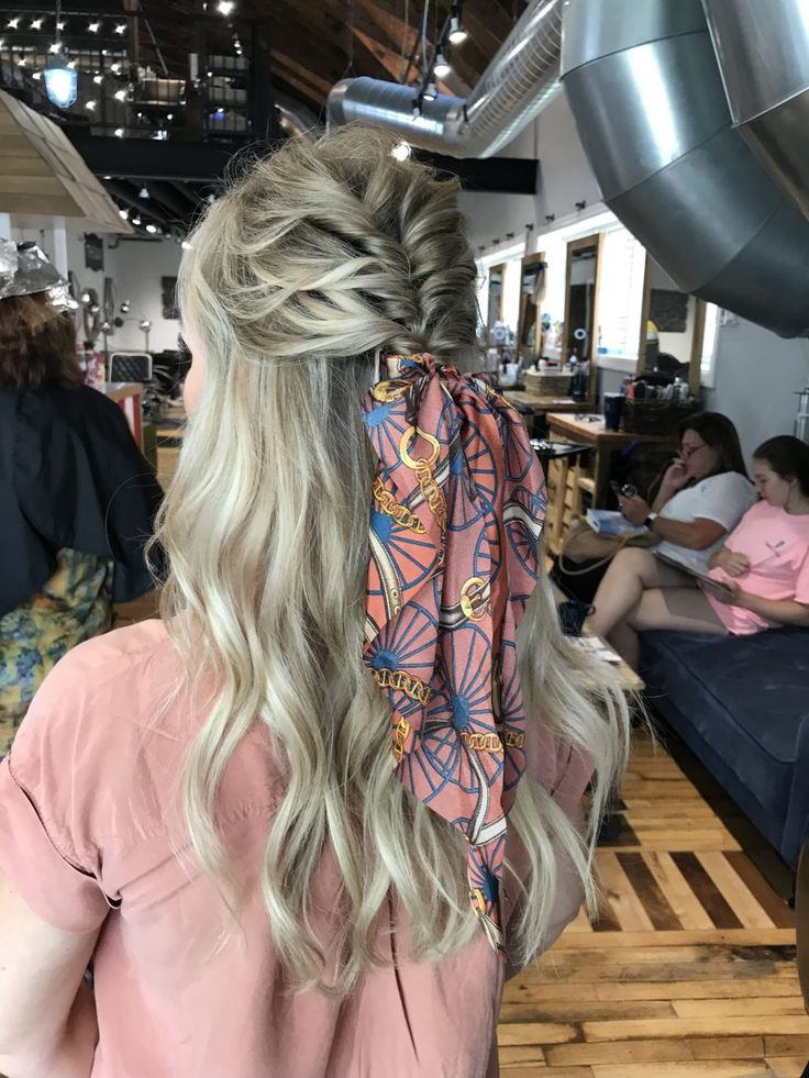 Cute & Straightforward Coiffure for any Hair Size