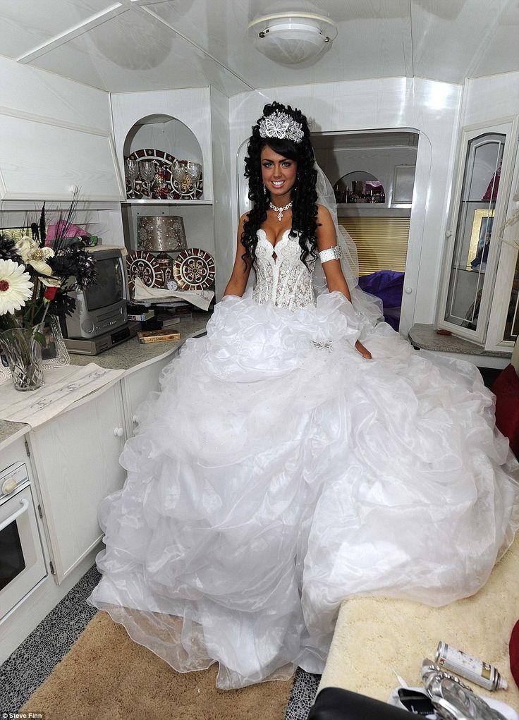 big fat gypsy wedding dresses | My Big Fat Gypsy Wedding: Britain's youngest gypsy bride gets married ...