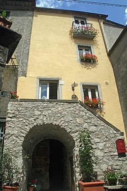 Limano, Val di Lima, Tuscany in a town. settebello house seems nicer? Lucca Region