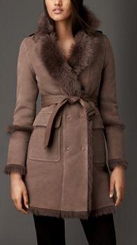 Mantel aus Lammfell mit Reverskragen   Burberry