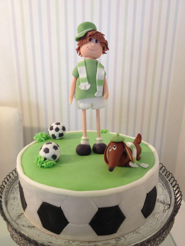 Soccer Cake with Dog Fussball Kuchen mit Junge und Hund