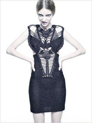 Beautiful #macrame dress. That's what I call macrame reinvented!