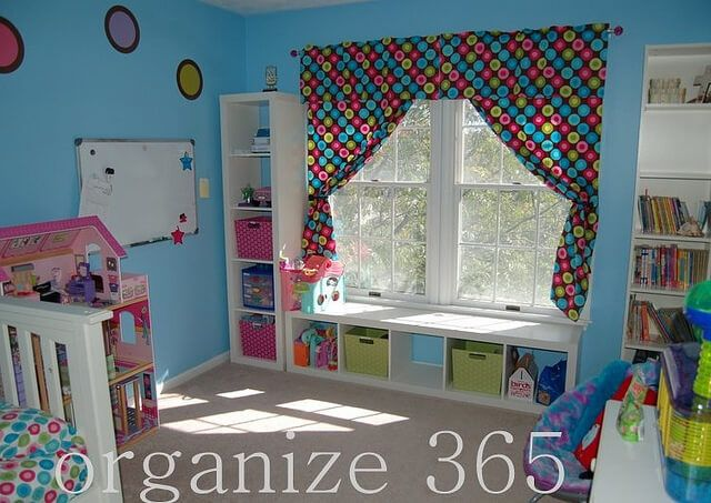 Decorations | Professional Organizer Lisa Woodruff shares 5 easy ways to organize a girl's bedroom.
