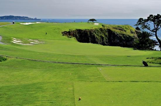 Neville/Grant: Pebble Beach Golf Links (1919). Hole 6.