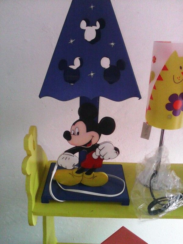 Lampara de Mickey en mdf, realizado por Magda Guillin Barbosa