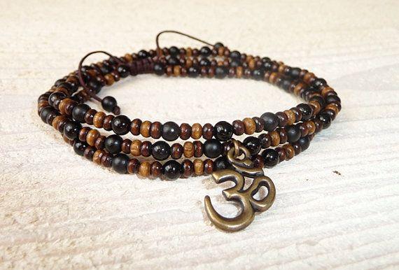 Necklace - Bracelet Mantra Om onyx and wood, Men's Bracelet, Men's Yoga Bracelet, Mala Beads Bracelet, Om Bracelet, Buddha Jewelry, Boho