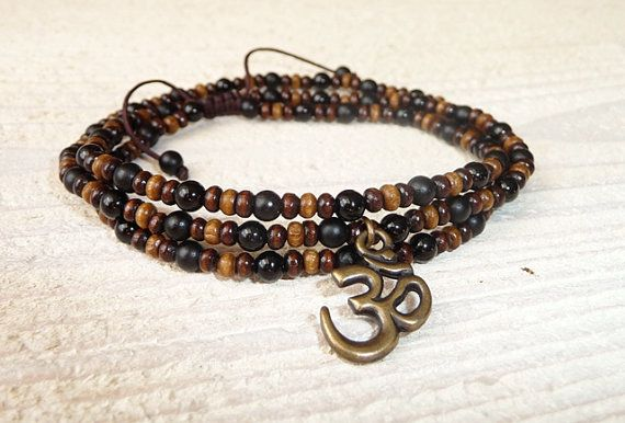 Necklace - Bracelet Mantra Om onyx and wood, Men's Bracelet, Men's Yoga Bracelet, Mala Beads Bracelet, Om Bracelet, Buddha Jewelry, Boho
